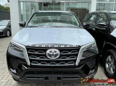 Brand new 2021 Toyota Fortuner SR5 for sale in Nigeria