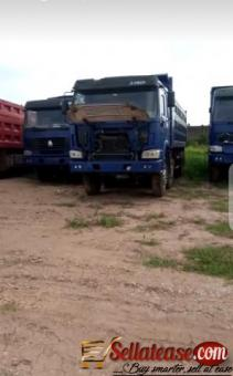 Tokunbo Howo Sinotruck 40 tonnes for sale in Nigeria