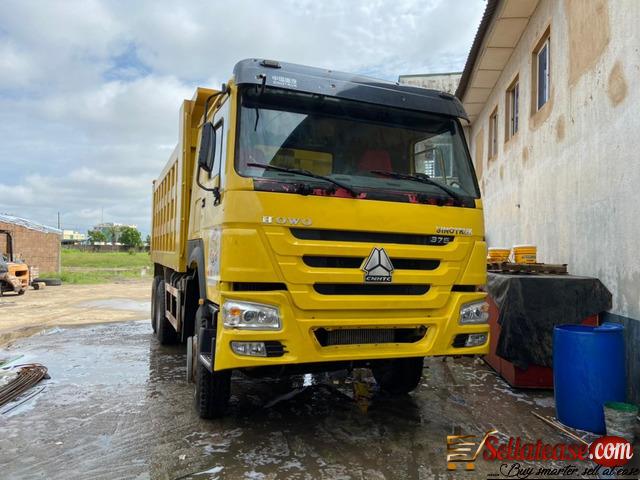 tokunbo Howo Sinotruck dump trucks in Nigeria