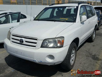 CLEAN 2006 used / Tokunbo TOYOTA HIGHLANDER FOR SALE