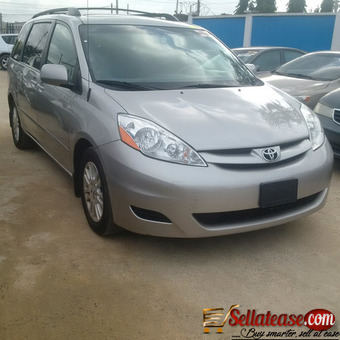 used/ Tokunbo 2009 Toyota Sienna For sale