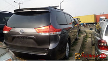 Tokunbo 2014 Toyota Sienna for sale in Nigeria