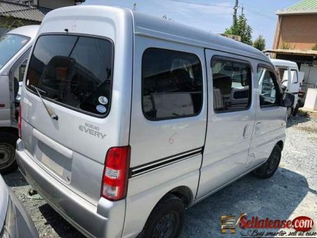 Tokunbo Suzuki Every Mini buses for sale in Nigeria 2021