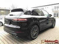 Tokunbo 2018 Porsche cayenne for sale in Nigeria