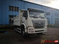 Brand new 30 tonnes  Howo sinotruck for sale in Nigeria