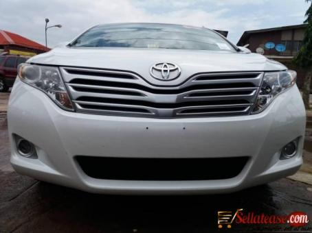 Tokunbo Toyota Venza 2012 for sale in Nigeria