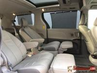 Tokunbo 2015 Toyota Sienna for sale in Nigeria