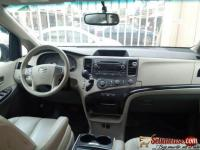 Tokunbo 2012 Toyota Sienna for sale in Nigeria