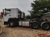 Nigerian used Howo Sinotruck tractor head for sale in Nigeria