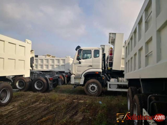 Price of Howo Trucks and tractors in Nigeria