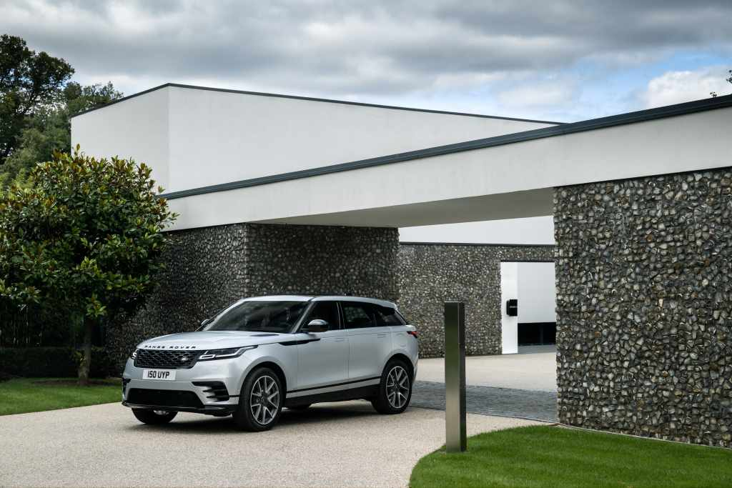 specifications and price of 2021 Range Rover Velar in Nigeria