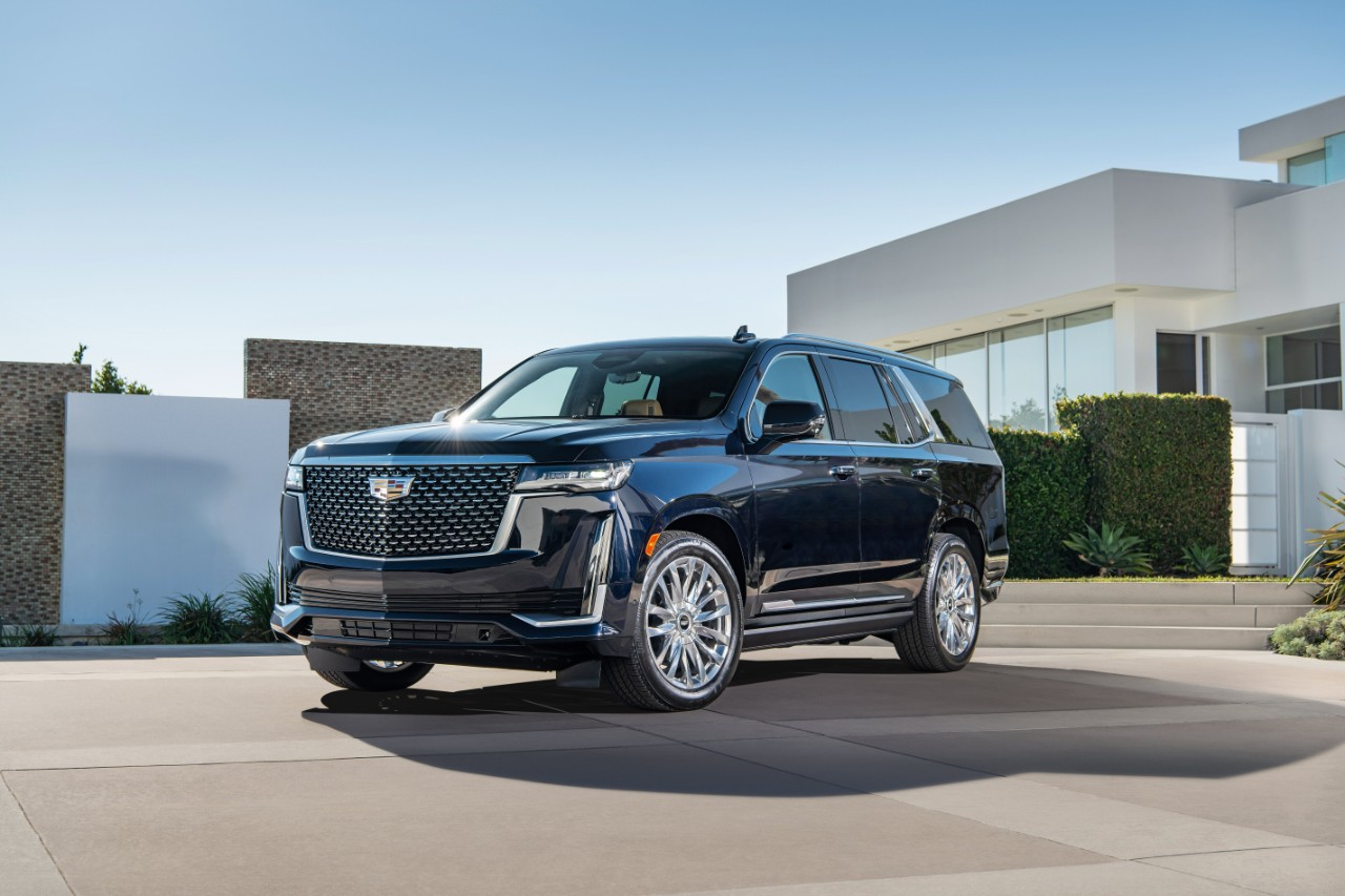 2021 cadillac escalade debuts with a complete redesign