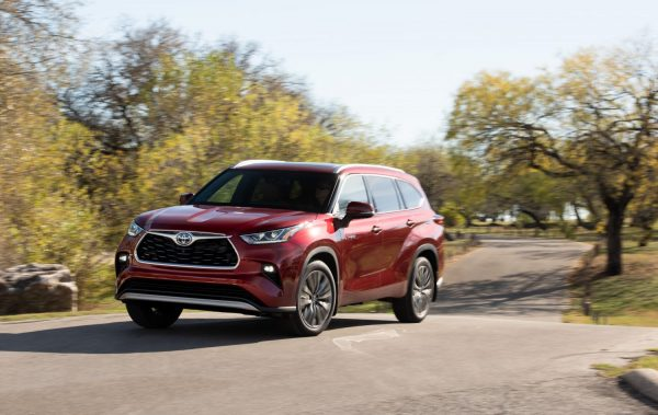 Specifications and price of 2021 Toyota Highlander in Nigeria