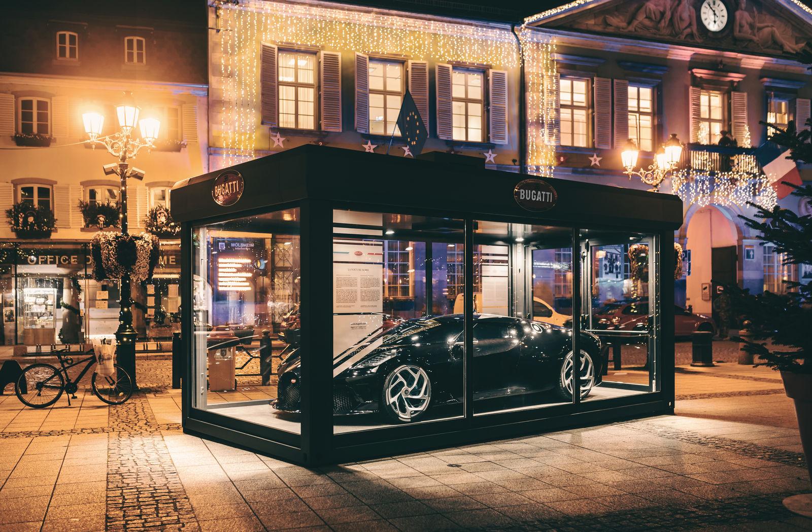 Bugatti exhibits the La Voiture La Noire as Christmas decoration