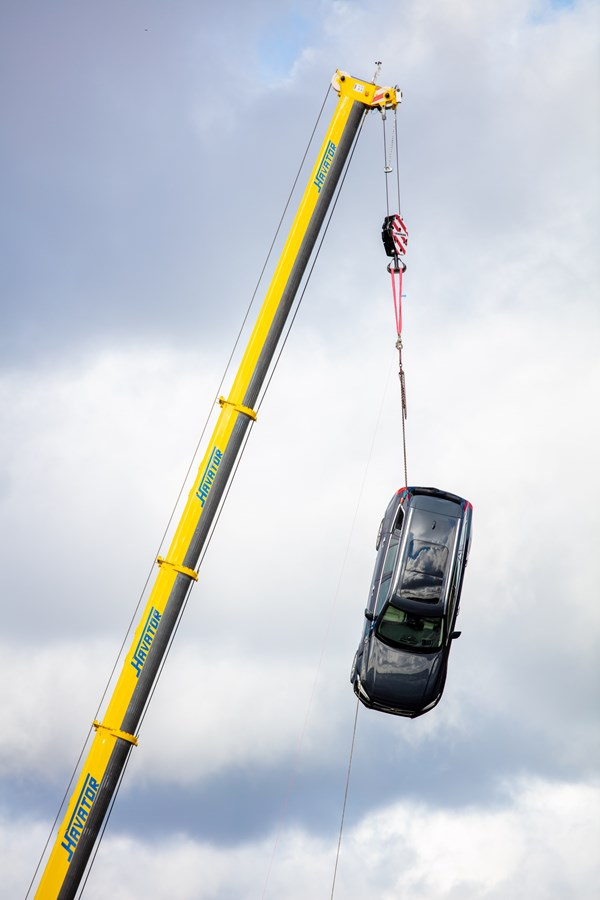 Volvo drop new cars from 30 meters to test their safety
