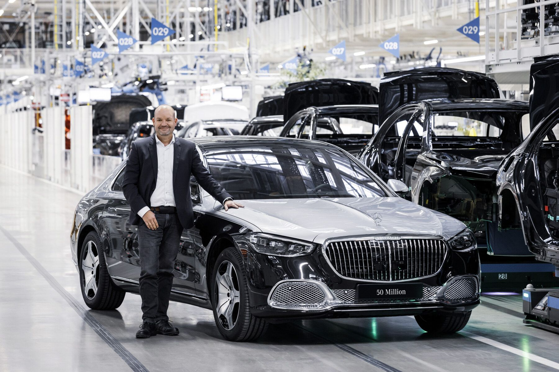 Mercedes Benz produces the 50 millionth passenger car and its a Maybach S-Class