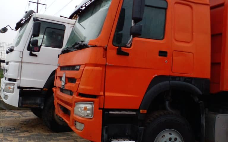Tokunbo Howo Sinotruck tippers for sale in Nigeria