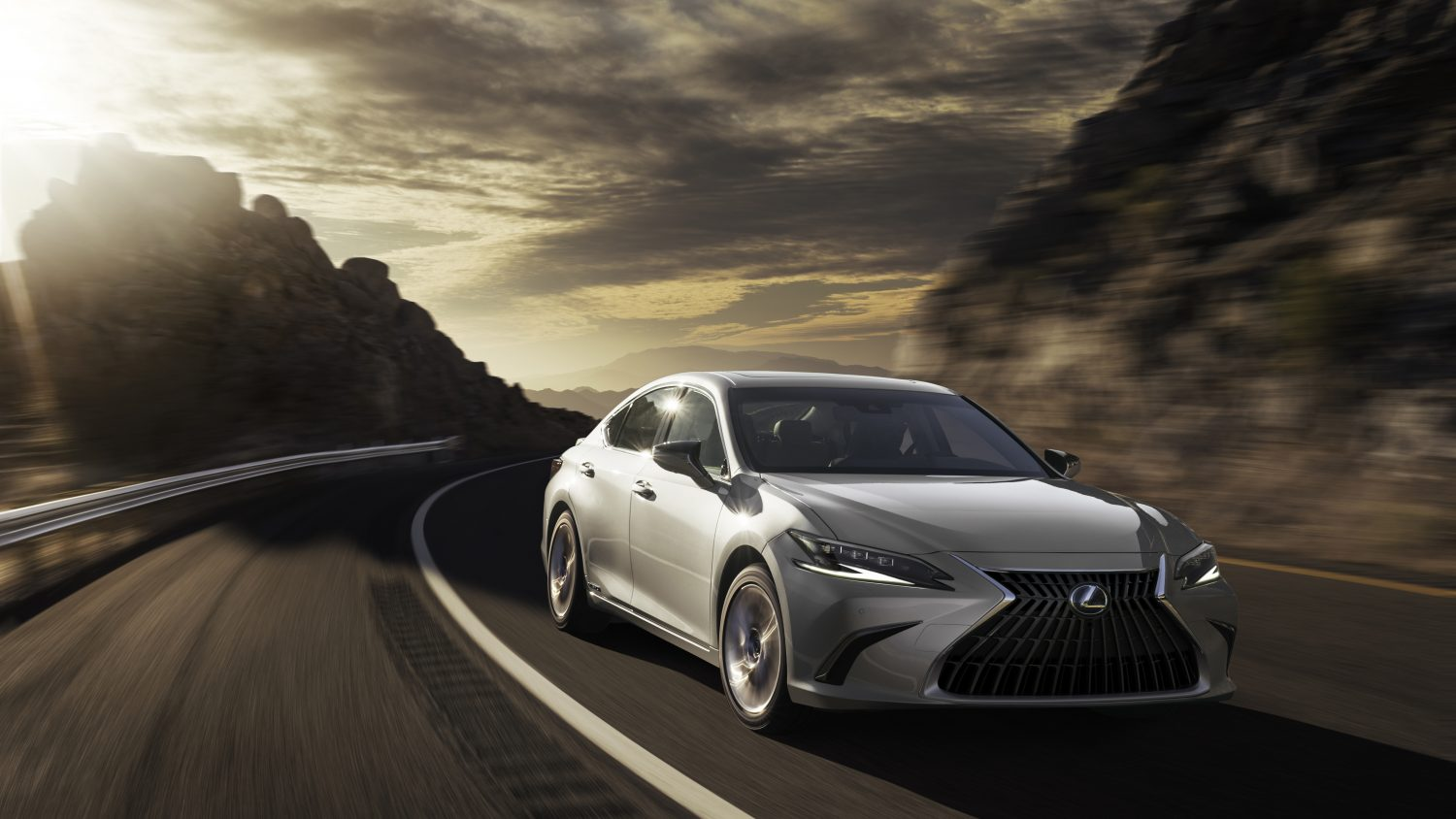 things to know about the 2022 Lexus ES
