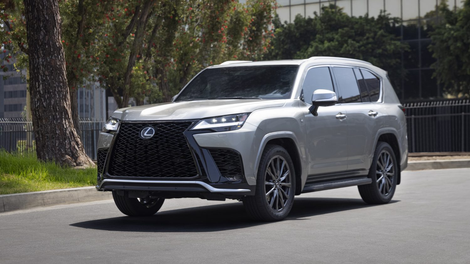 Specifications and price of 2022 Lexus LX 600 in Nigeria